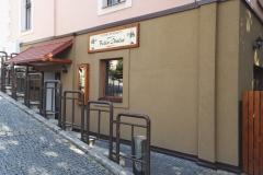 Restaurace zepředu foceno z boku