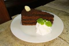 Čokoládový dort na terase - detail